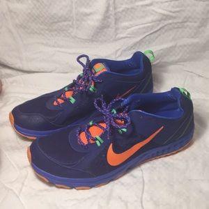 Nike wild trail like new sneakers
